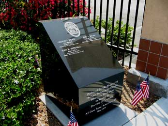 Close-up View of the Veteran's Memorial for All Fallen Oceanside California Police Officers Picture 2